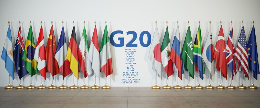 Forex Markets: Buck Remains Strong Pre-G20 Summit