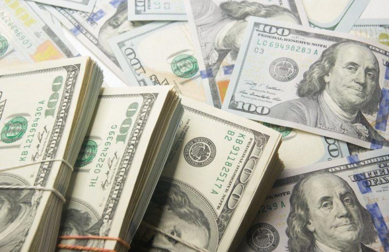 Greenback: american hundred dollar bills.