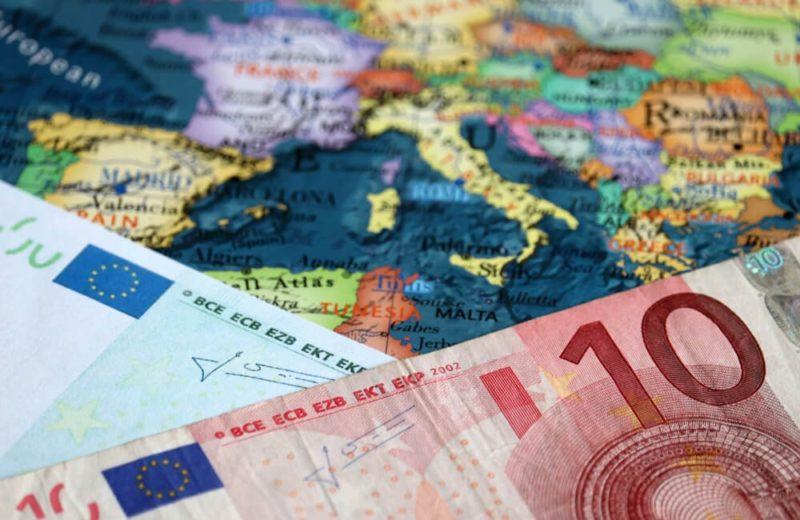 Market Analysts: Euro is up against the United States Dollar