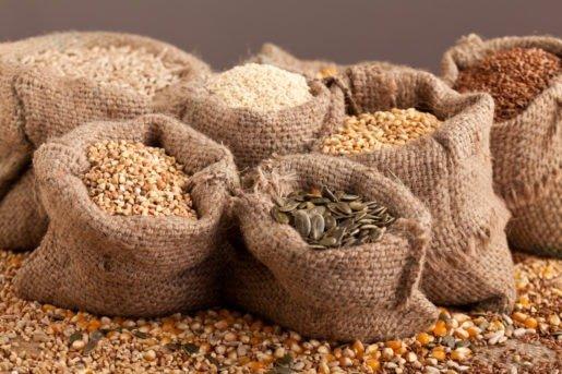 history of commodity trading / Corn