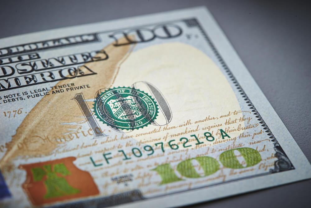 Dollar Remains Volatile as Gap to Victory Remains Narrow