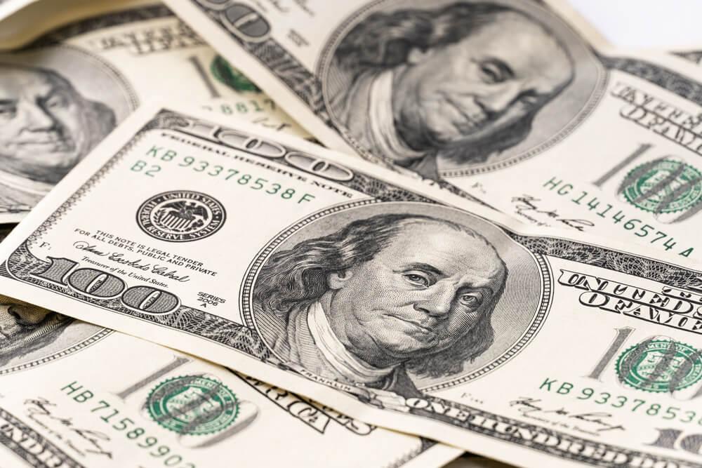 Dollar Caps Gains with Fed's Dovish Status Quo