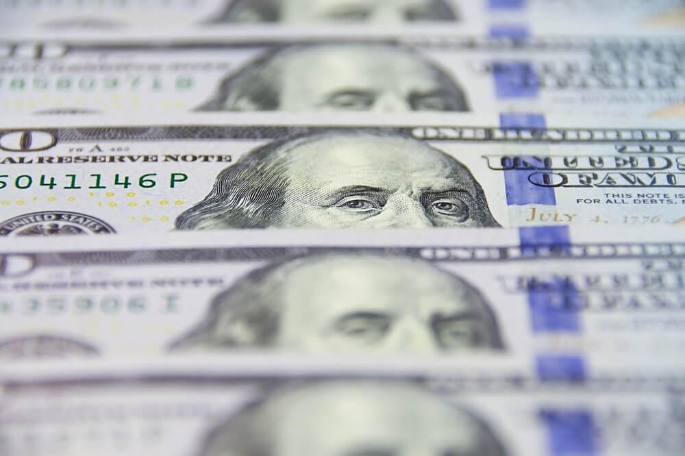 Dollar Up; Stimulus Worries Weigh on Risk Sentiment