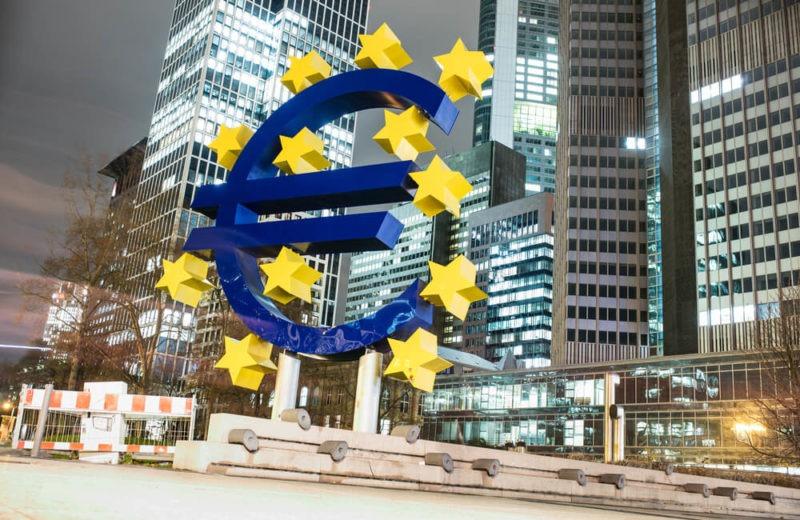 EU Stocks Steeply Fall as Bonds Weigh; Energy Outperforms