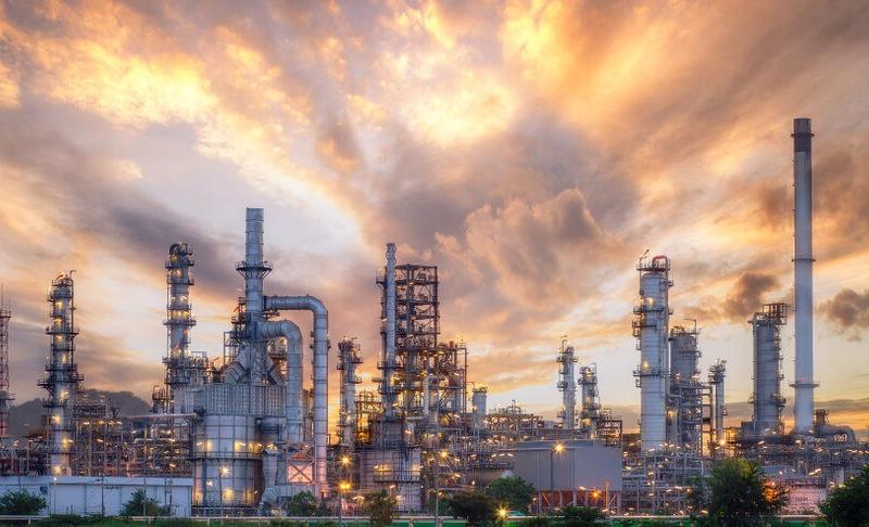 pipelines of crude