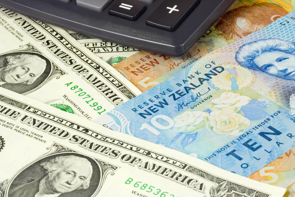Kiwi Dollar Fell, U.S. Dollar Slightly Increased