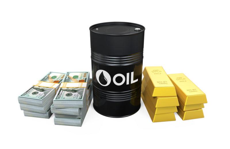 Oil Rises to One-week Highs on U.S. Supply Worries